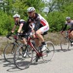 D'autres participants dans la  première moitié du parcours.