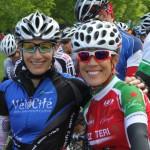 Lynn Beaumont en compagnie de celle qui allait terminer au premier rang, Michèle Gauthier.