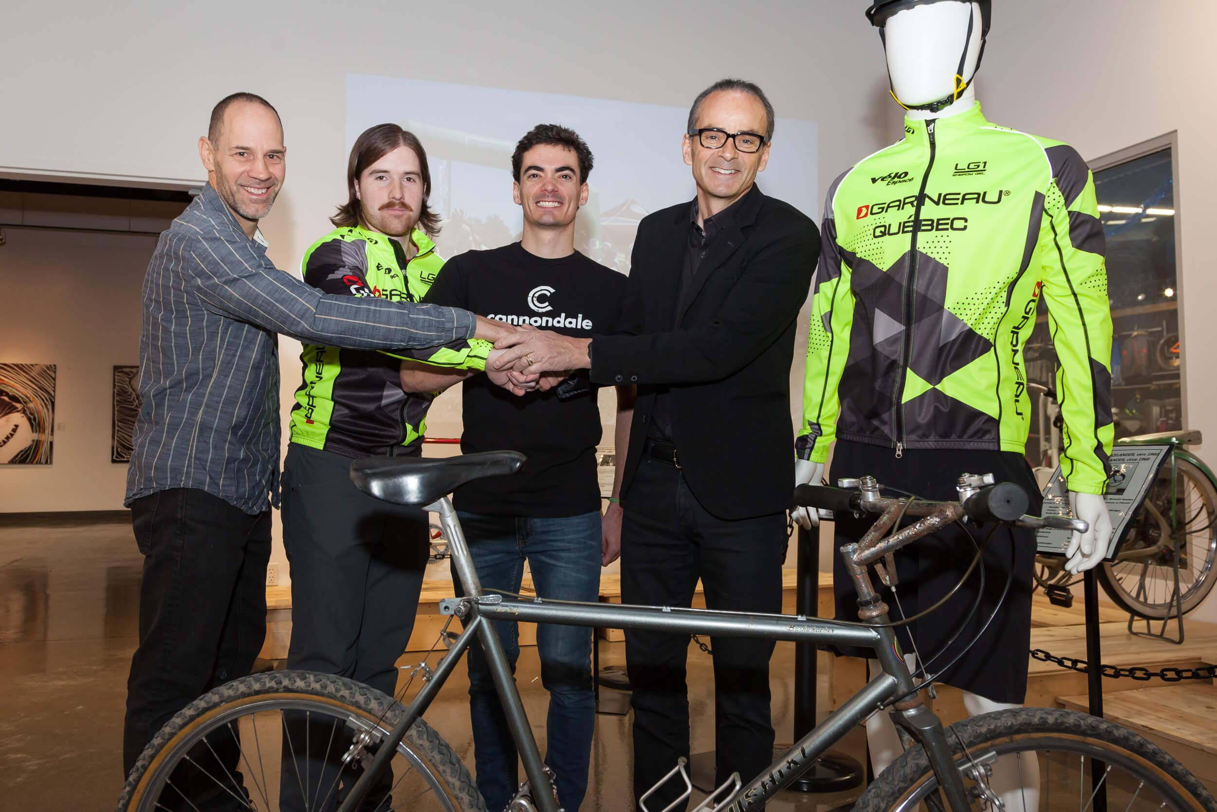 Club de vélo de montagne garneau, louis garneau
