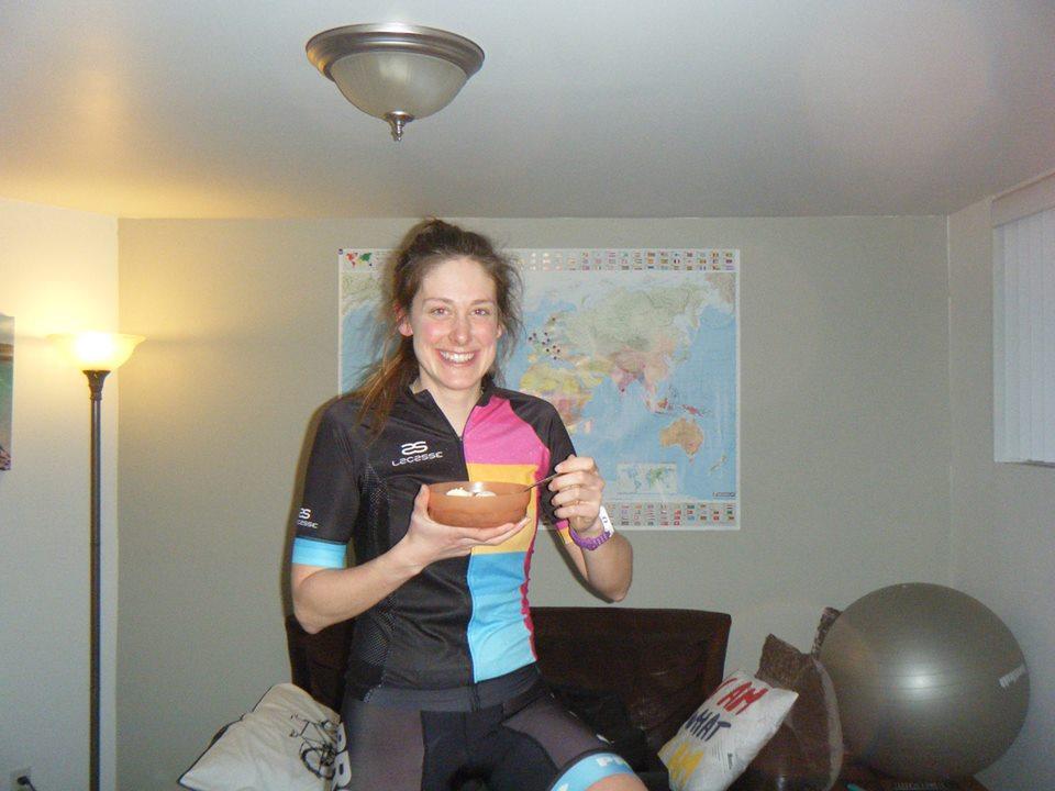 infovelo.com---jessica-belisle-cyclovore-record-du-monde-home-trainer